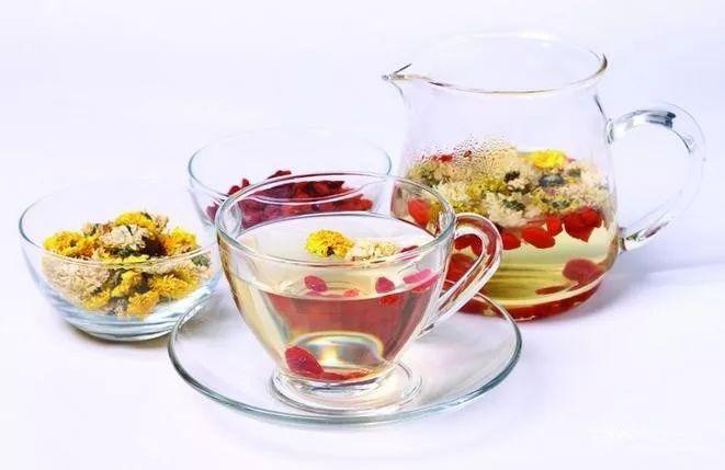 枸杞菊花茶功效与作用是什么,枸杞菊花茶在饮用上有什么副作用吗