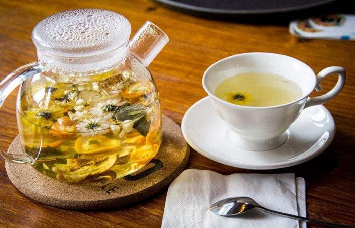菊花茶百合一起喝功效有哪些