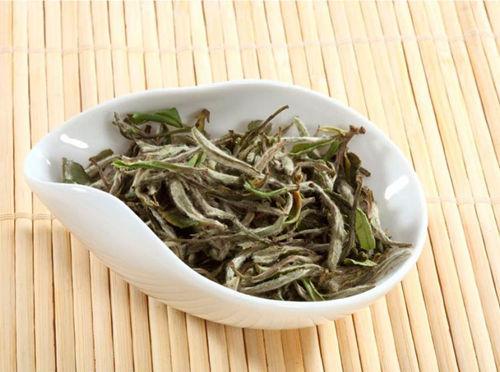 2021年寿眉白茶价格多少钱一斤